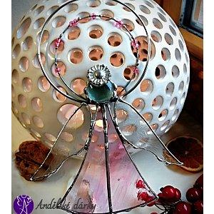 Andělská vitráž Tiffany - strážný anděl růžová něha - 16 x 11 cm