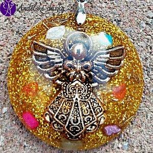 Orgonit - medailon andělský tiším bolavé srdce 3,5 cm