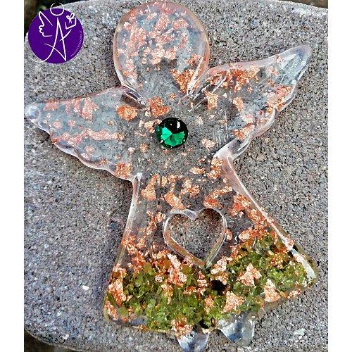 Orgonitový andílek léčitel duše s olivínem 10x8cm