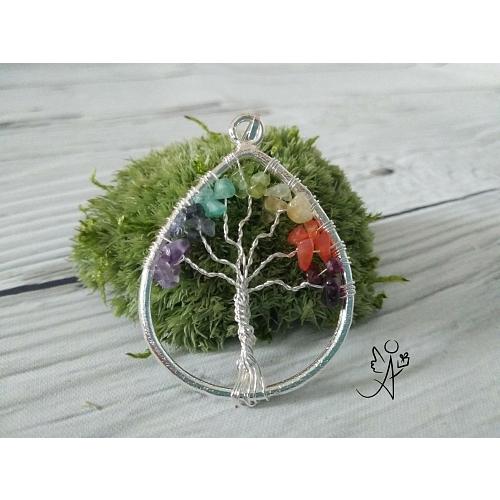 Strom života přívěsek čakrová kapka 3,5 cm