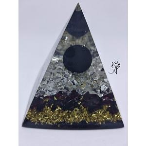 Orgonitová pyramida Ochrana lásky  6 x 6 cm