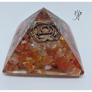 Orgonitová pyramida harmonizace 2. čakry se symbolem 4 x 4 cm